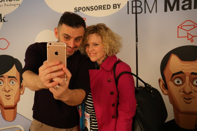 Gary Vaynerchuk with a Fan